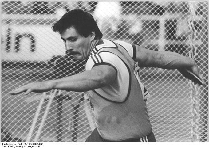 Bundesarchiv_Bild_183-1987-0821-043,_Jürgen_Schult