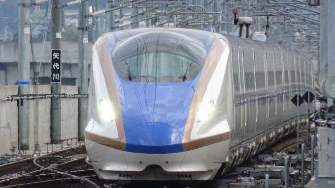 北陸新幹線E7系「はくたか」