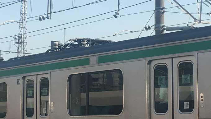 下げられたパンタグラフ 撮影:ニッポン放送新人記者(仮)饗庭佑奈