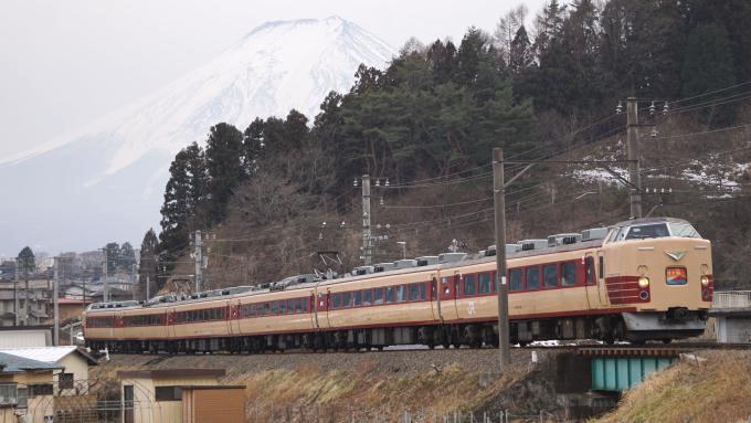 189系電車 快速ホリデー快速富士山 富士急行線 寿 三つ峠