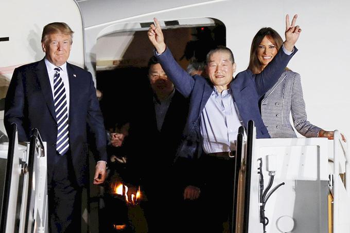 ドンチョル キム トランプ 大統領 夫妻 アンドルーズ空軍基地 北朝鮮 解放