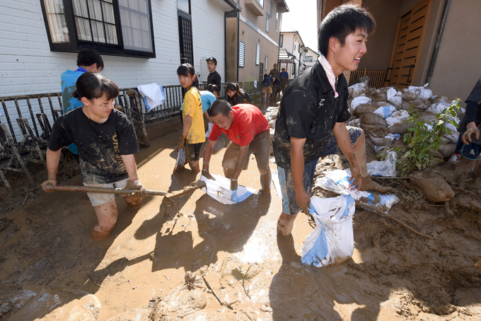 西日本 豪雨 被害 広島市 安佐北区 口田南 ボランティア 高校生