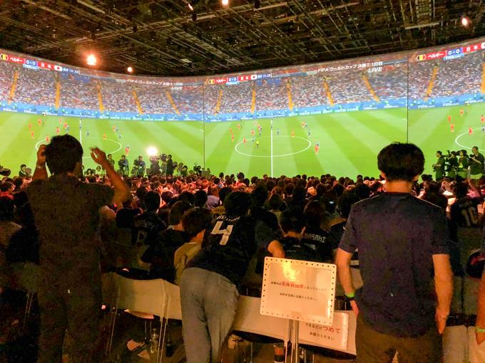 パブリックビューイング サッカー ワールドカップ 巨大 スクリーン