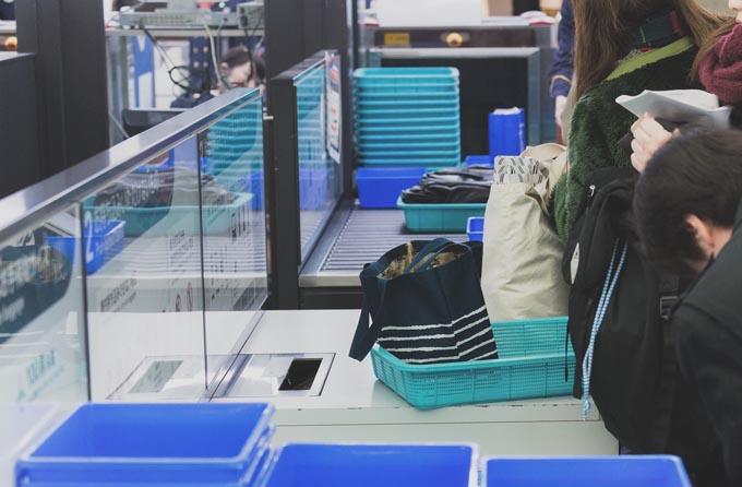 顔認識機能 顔認証 システム 入国審査 空港 外国人 出入国 審査 オリンピック