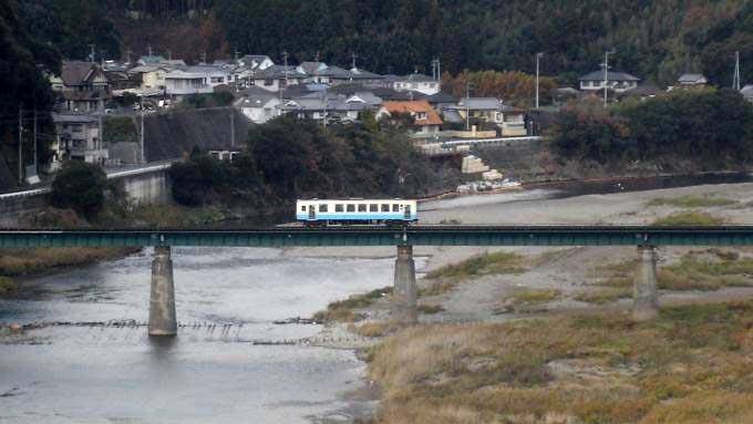 キハ32形 気動車 普通列車 予讃線 伊予大洲 西大洲 弁当 駅弁 モーニング