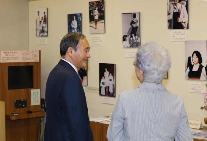 菅義偉官房長官 菅官房長官 横田めぐみ 拉致問題 北朝鮮 拉致 担当大臣