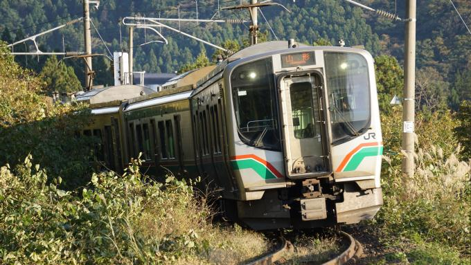E721系電車 普通列車 仙山線 熊ヶ根 作並間 弁当 駅弁 伊達鶏めし こばやし