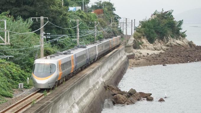 8000系 電車 特急 しおかぜ いしづち 予讃線 津島ノ宮 海岸寺 弁当 駅弁
