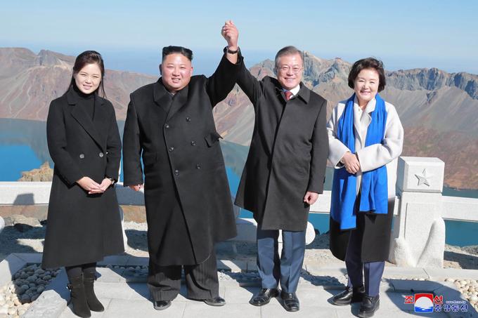 北朝鮮 金正恩 韓国 文在寅 ICBM 大陸間弾道ミサイル 開発 1年 破棄 約束 トランプ