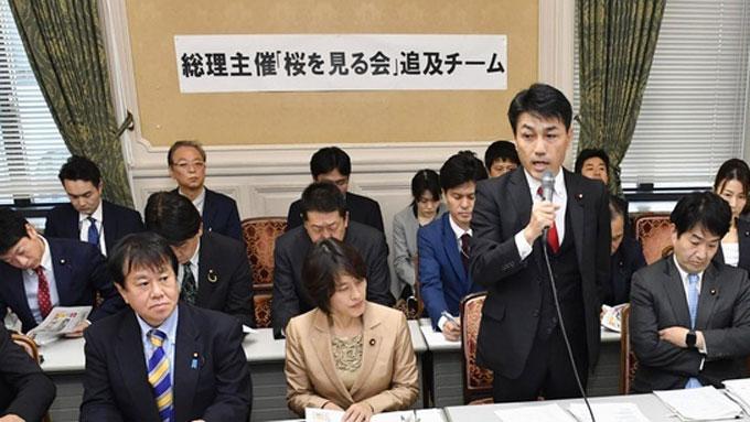 首相主催「桜を見る会」問題、野党の追及は的を射ているのか ...