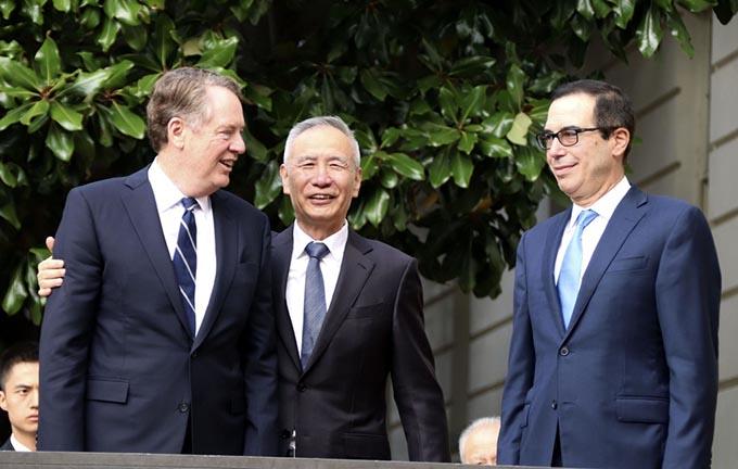 アメリカ 中国 コロナ 戦争