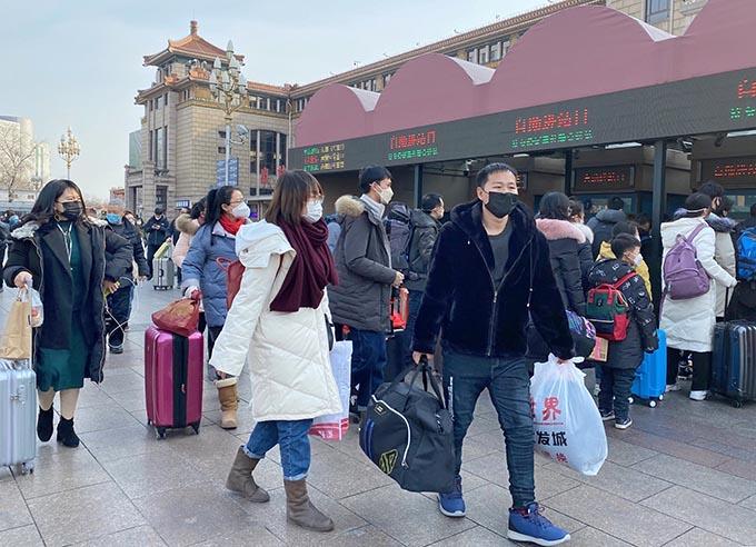 アメリカ 中国 人 入国 拒否