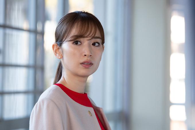 門倉美咲(泉里香)