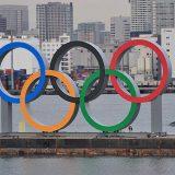 お台場海浜公園にお目見えした五輪マークのモニュメント=2020年1月17日午前、東京都港区 写真提供:産経新聞社