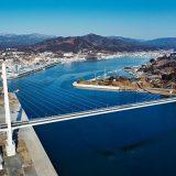 三陸沿岸道路に美しい横断橋が完成した(気仙沼商工会議所 提供)