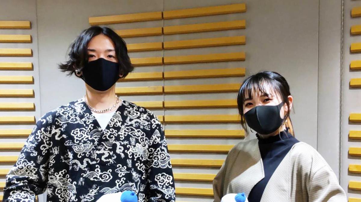 "YOASOBI・Ayase、学生時代は""ピンク""と""金色""「俺、本当にヤバかったから」"