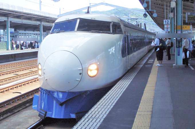 0系新幹線電車「こだま」(2008年撮影)