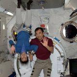 11年前 野口聡一・山崎直子の両宇宙飛行士が宇宙で同時滞在した(2010年4月16日JAXA・NASA提供)