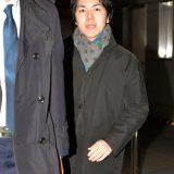 勤務先の法律事務所に出勤する小室圭さん=2018年2月8日午前、東京都中央区 写真提供:産経新聞社