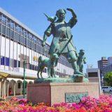 岡山駅東口・桃太郎の像