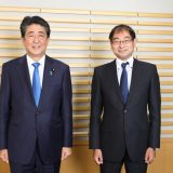 安倍晋三前総理大臣、飯田浩司アナウンサー