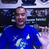 地球帰還後、初めて日本メディア向けの記者会見に臨んだ野口聡一さん(5月27日撮影)
