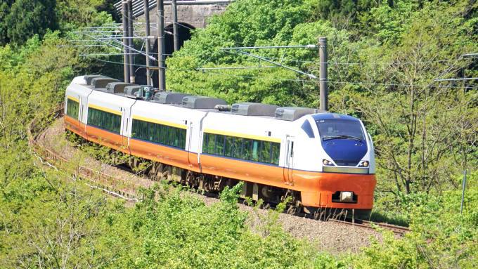 E751系電車・特急「つがる」、奥羽本線・白沢~陣場間