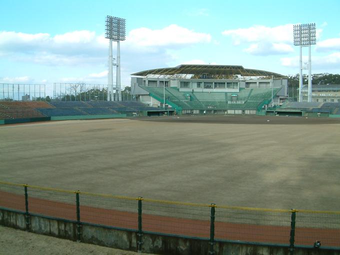藤崎台県営野球場 センター付近からの眺め