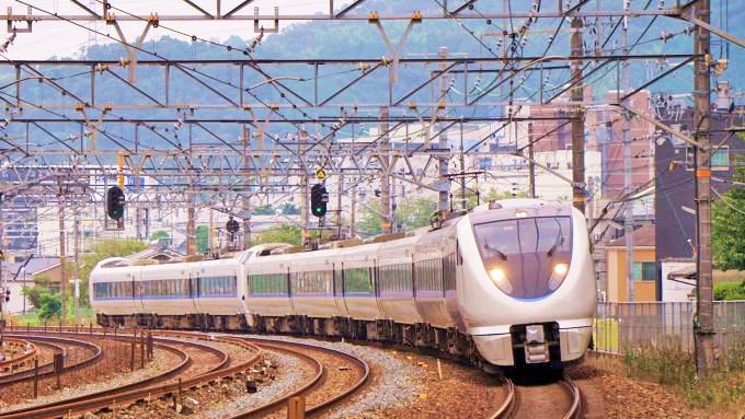 683系電車・特急「サンダーバード」、東海道本線・島本~山崎間